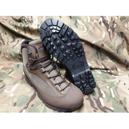 AKU tactical boots
